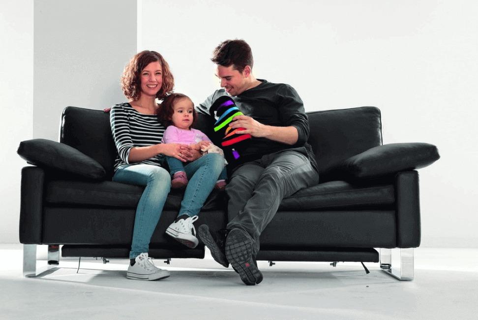 Безпечна фарба для спальні та дитячої