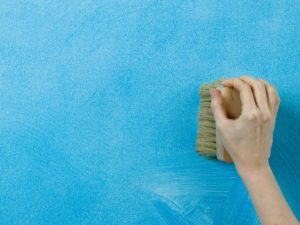 Як вибрати миючу фарбу для стін?