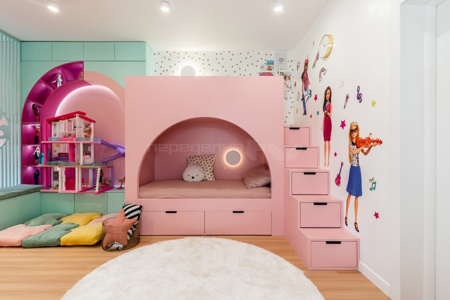 Кімната в стилі Барбі